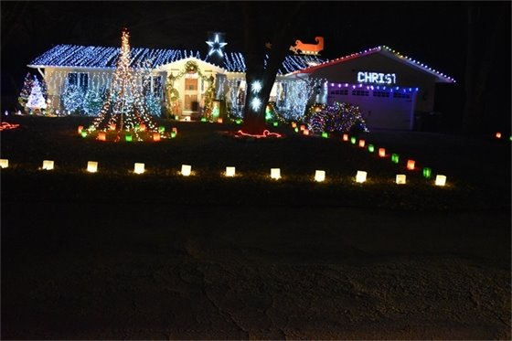 House decorating contest